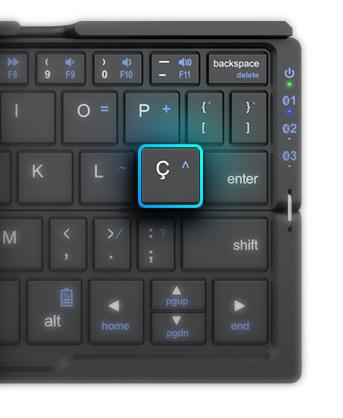 Produto Teclado Bluetooth visto de cima com destaque para a tecla 'ç'